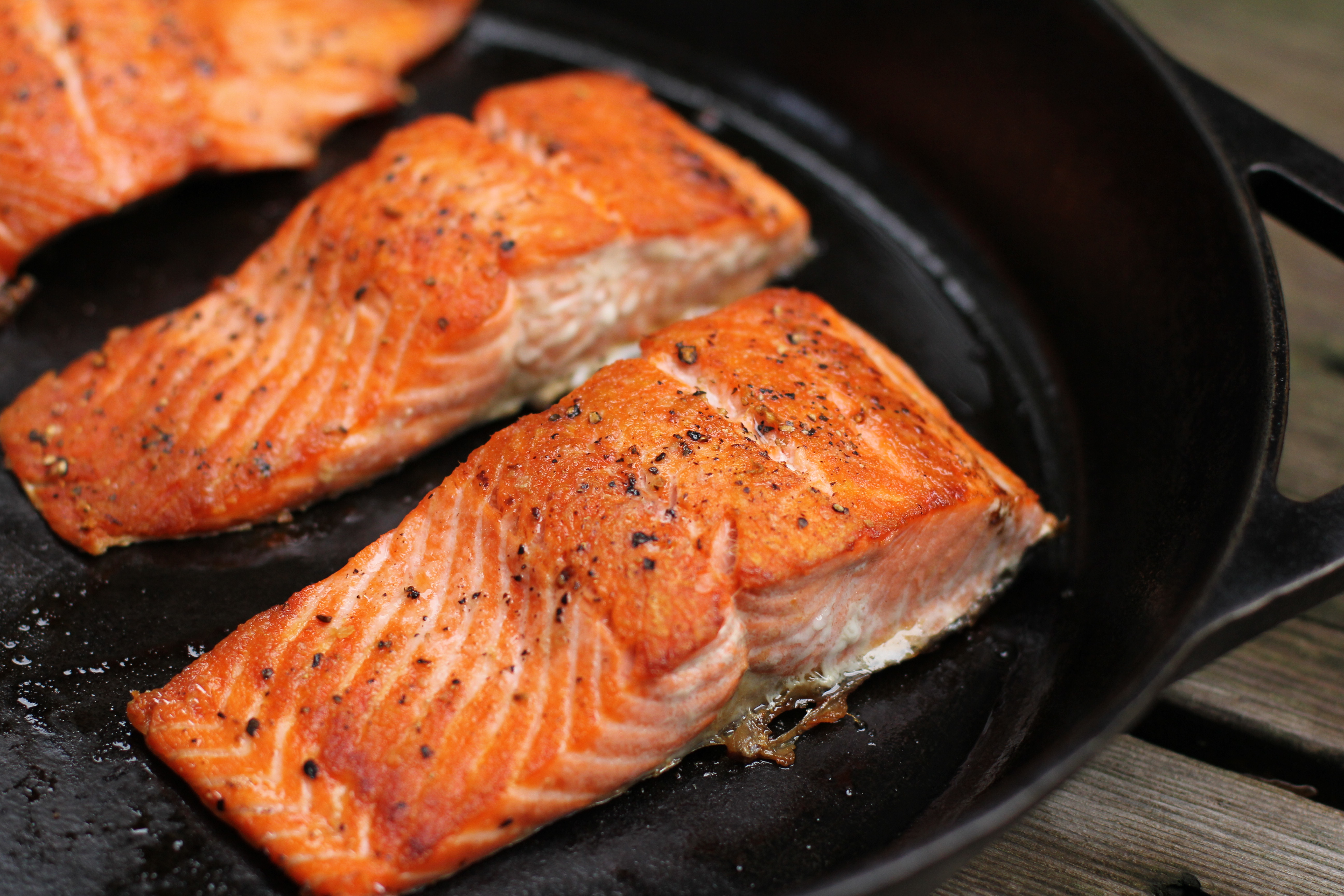 how to cook a frozen piece of salmon